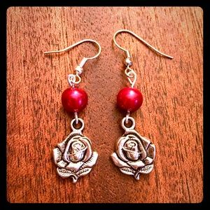 Jewelry - 💖✨Red Pearls Beaded Rose Earrings✨💖